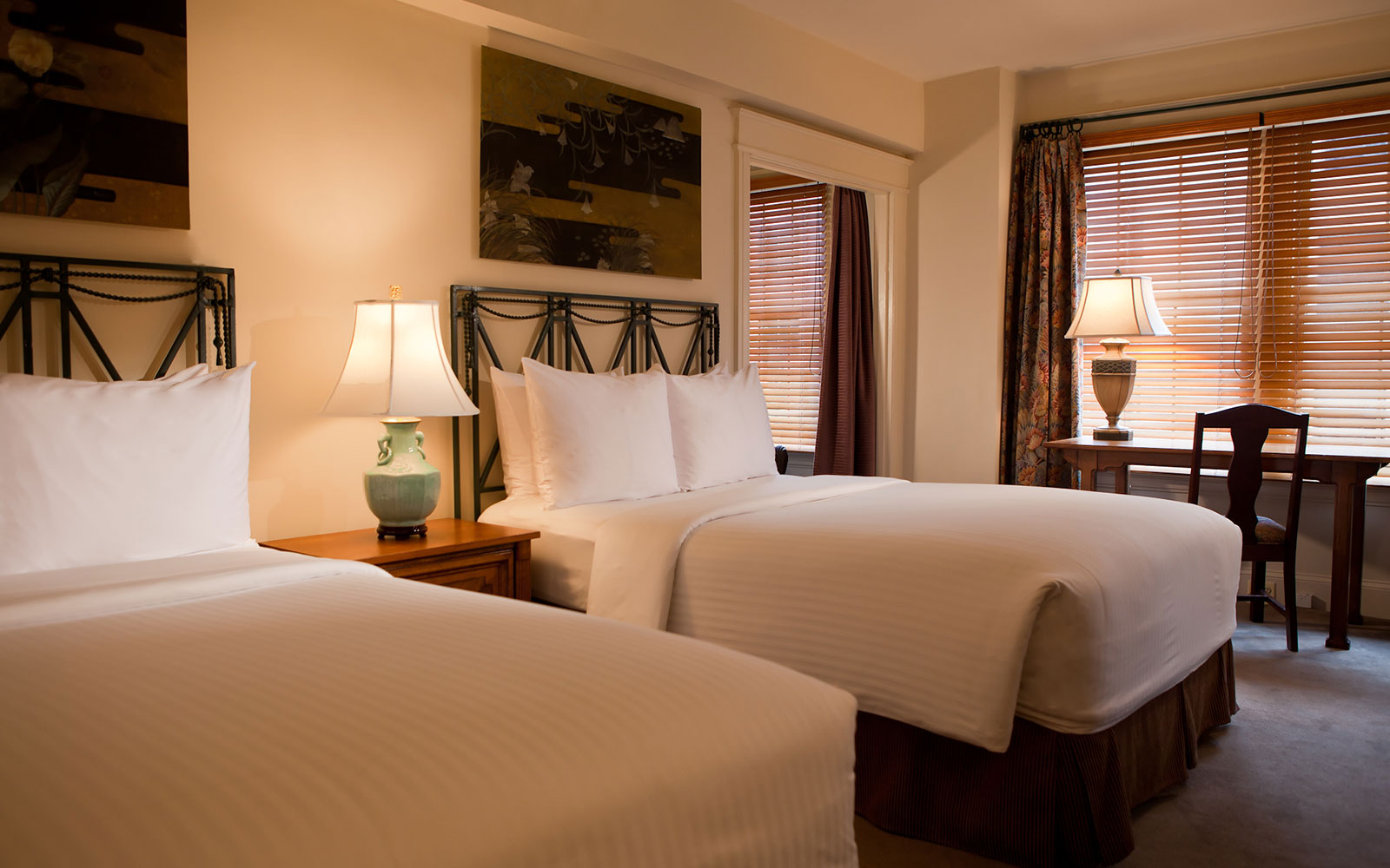 Luxurious washington dc boutique hotel rooms hotel lombardy for Boutique rooms